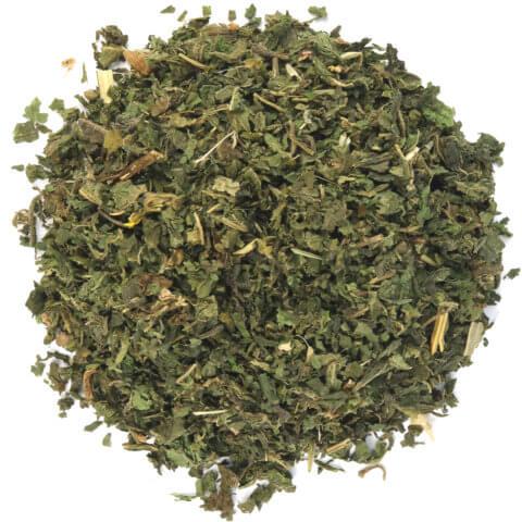 amapodo Bio Brennnessel Tee lose 100g Brennesselblätter geschnitten für Brennnesseltee